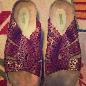 Earth sandals - 8.5 - worn once! Red Leather!